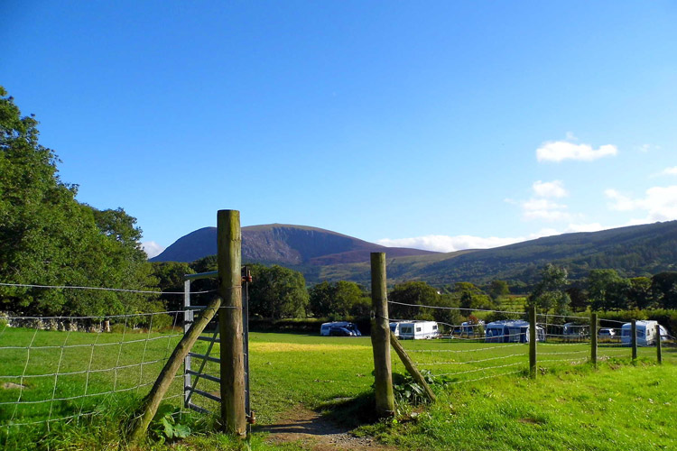 Tyn-yr-Onnen Farm, Caravan and Campsite